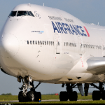 Air France authorise the use of Smartphones and Tablets throughout the flight