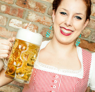 Bierschenke will be showing the game on big screens
