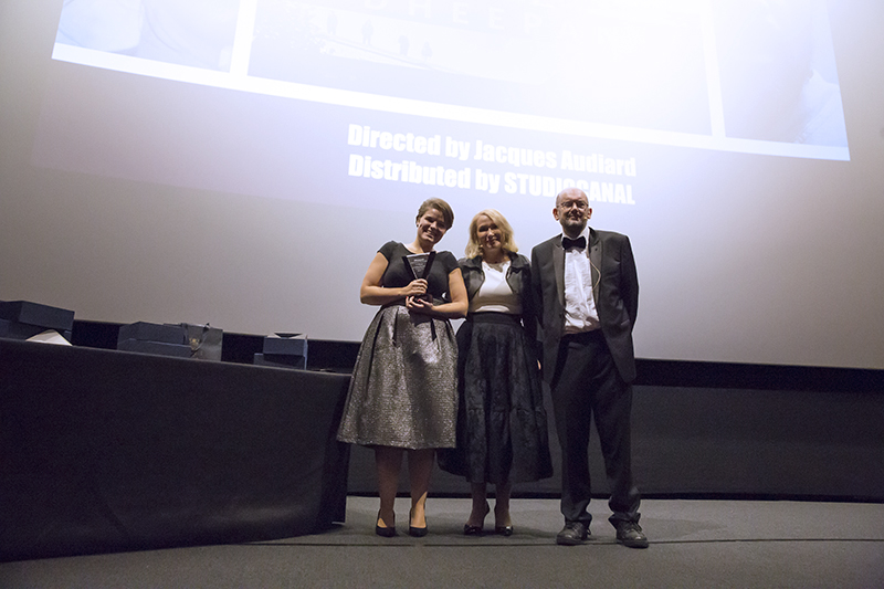 Johanna Thomas, representing STUDIOCANAL, received the London's Favourite French Film award for Dheepan